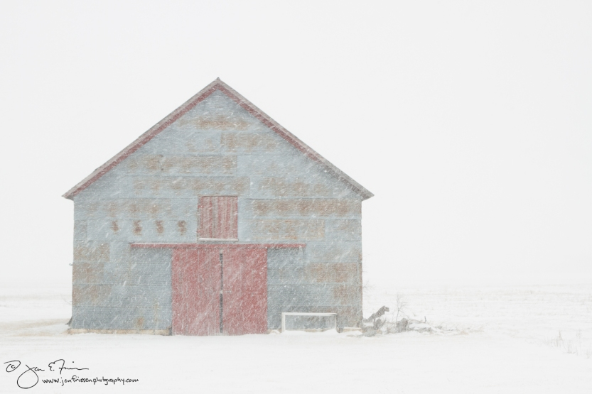 Barn in Snow-5482